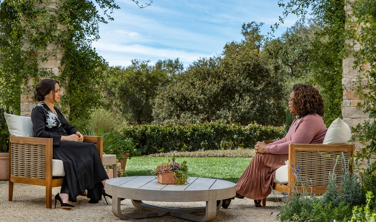 Oprah Winfrey interviewing Meghan Markle for CBS Primetime Special