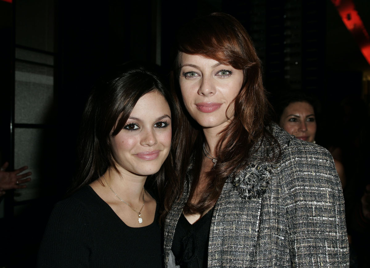 Rachel Bilson and Melinda Clark, the two stars who will host 'The OC' podcast
