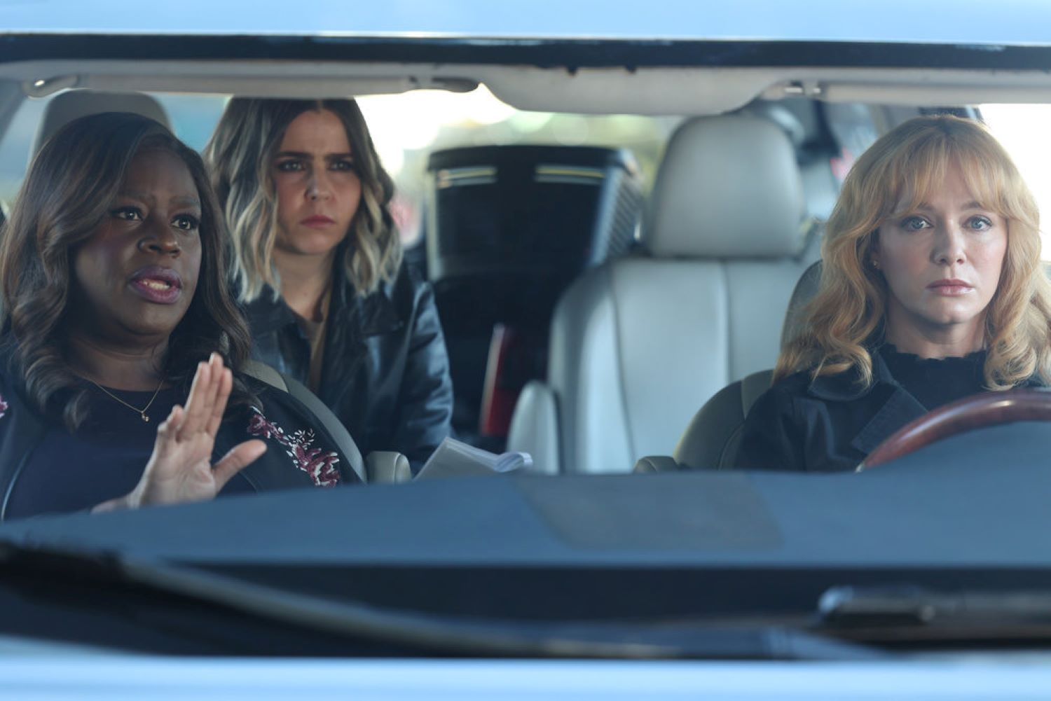Retta as Ruby Hill, Mae Whitman as Annie Marks, Christina Hendricks as Beth Boland in 'Good Girls'
