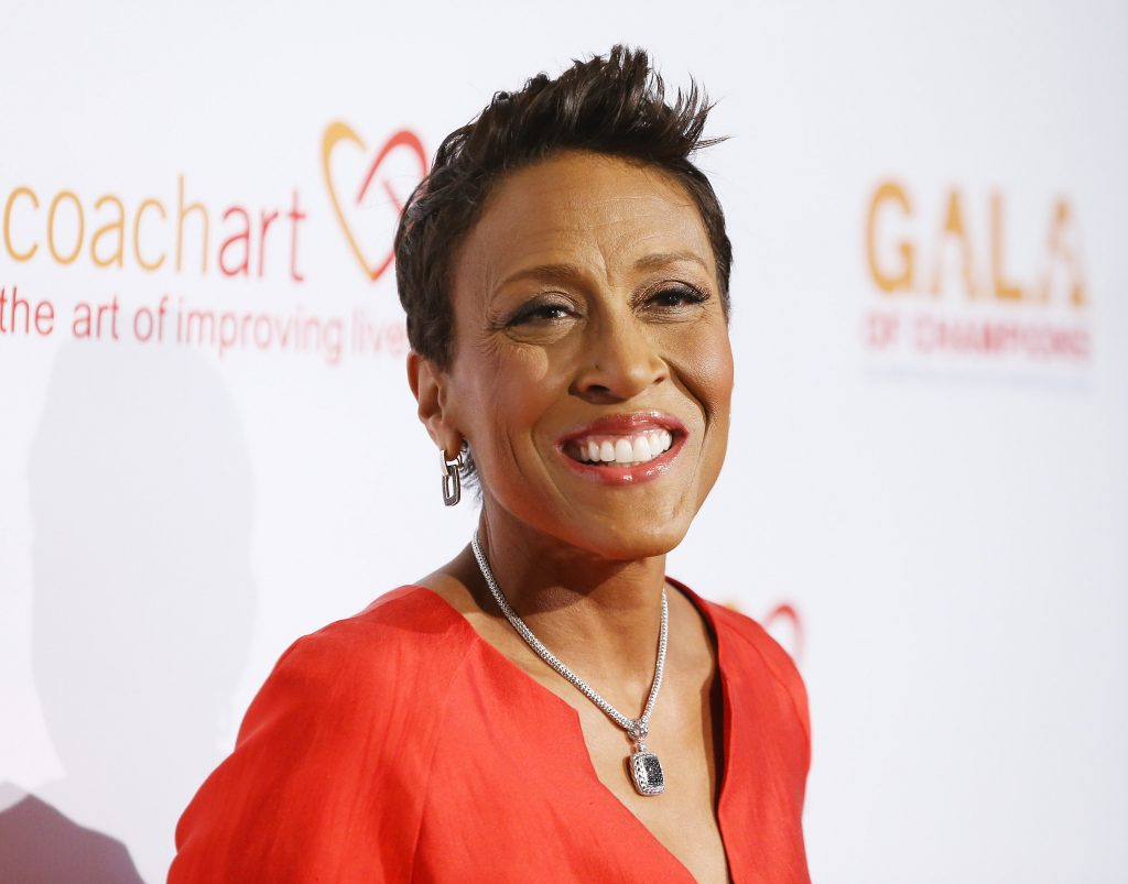 Robin Roberts arrives at the CoachArt Gala of Champions held at The Beverly Hilton Hotel