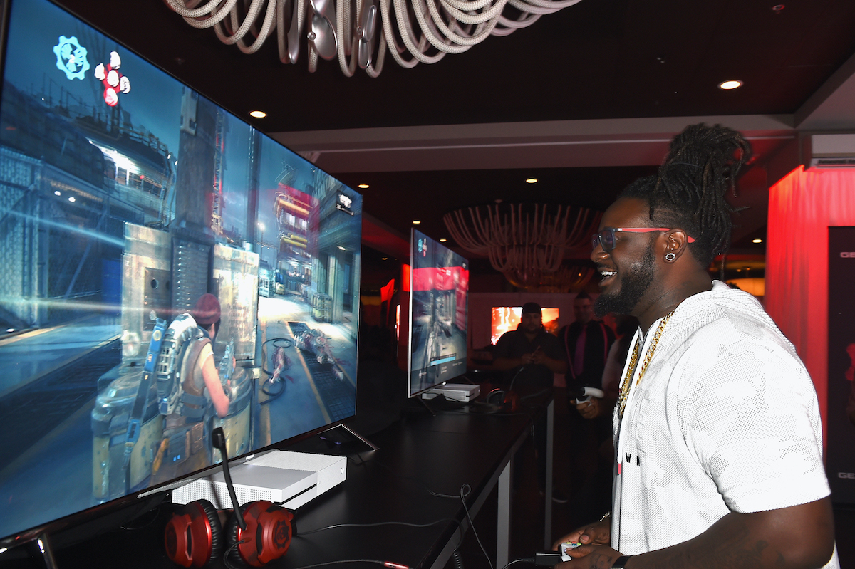 T-Pain attends the Xbox & Gears Of War 4 Miami Launch Event