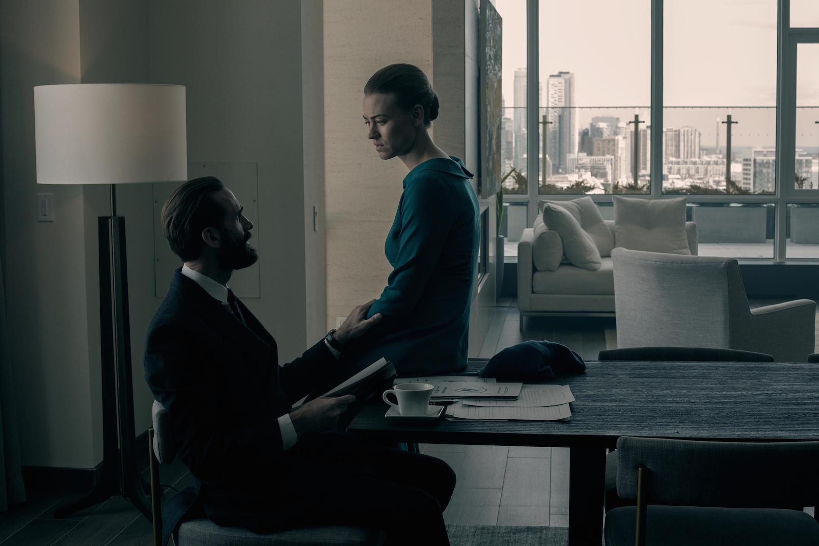 Fred and Serena Waterford in a hotel room speaking to each other in 'The Handmaid's Tale' Season 3