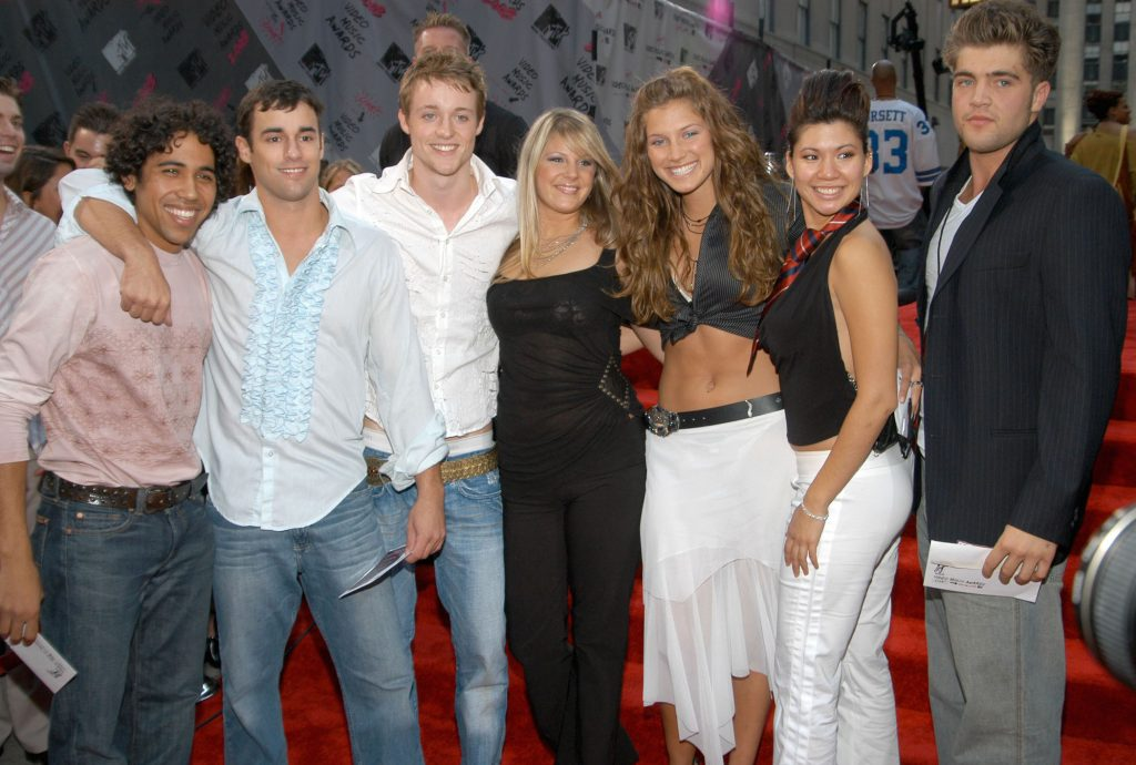 MTV's 'The Real World: Paris' cast standing together on the red carpet