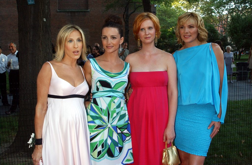 Sarah Jessica Parker, Kristin Davis, Cynthia Nixon and Kim Cattrall pose together at the world premiere of the fifth season of 'Sex and the City'
