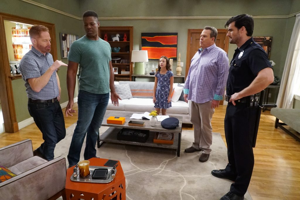 ABC's 'Modern Family' Episode Titled 'Weathering Heights'