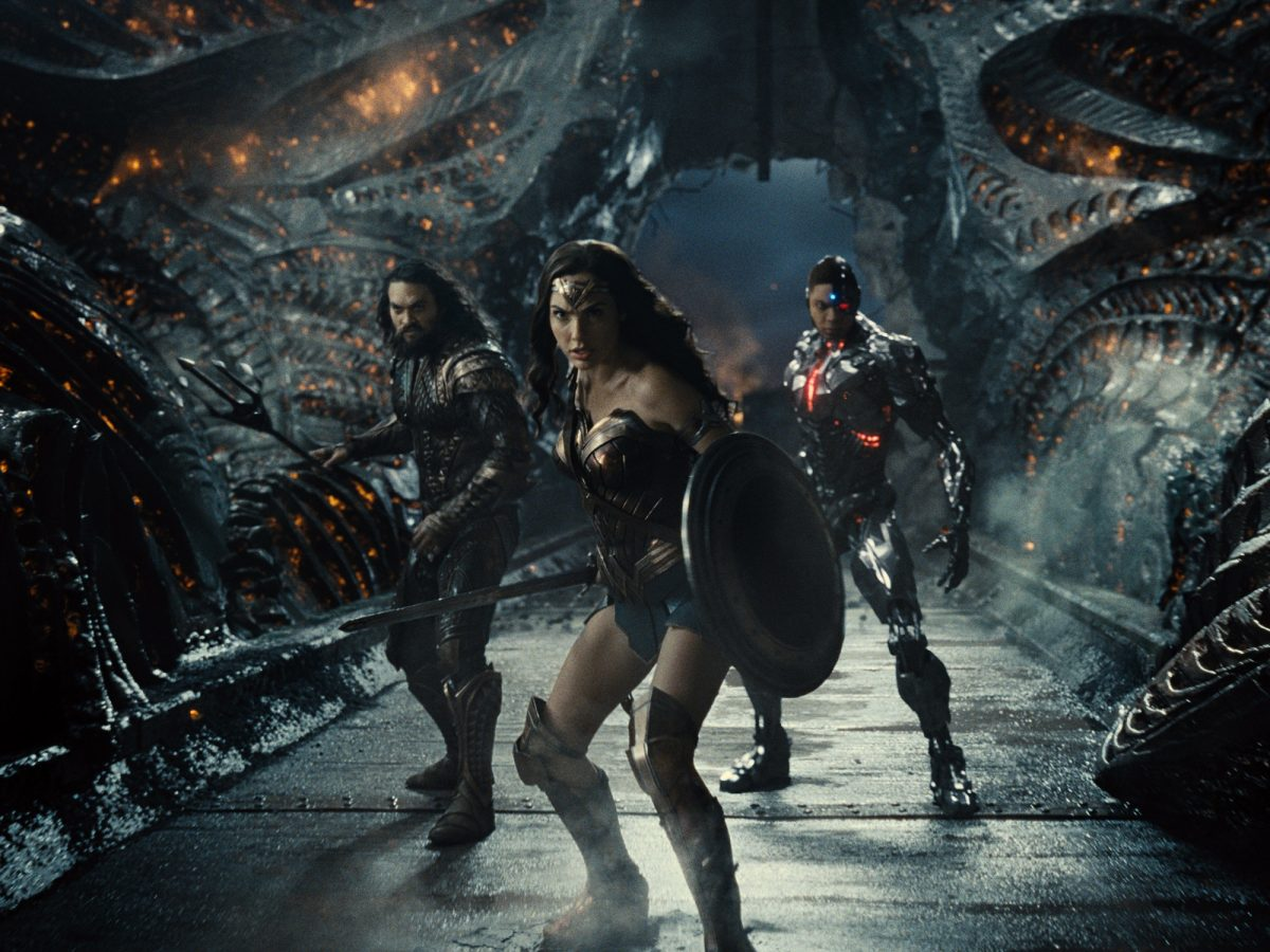Zack Snyder's Justice League: Jason Momoa, Gal Gadot and Ray Fisher sstand together