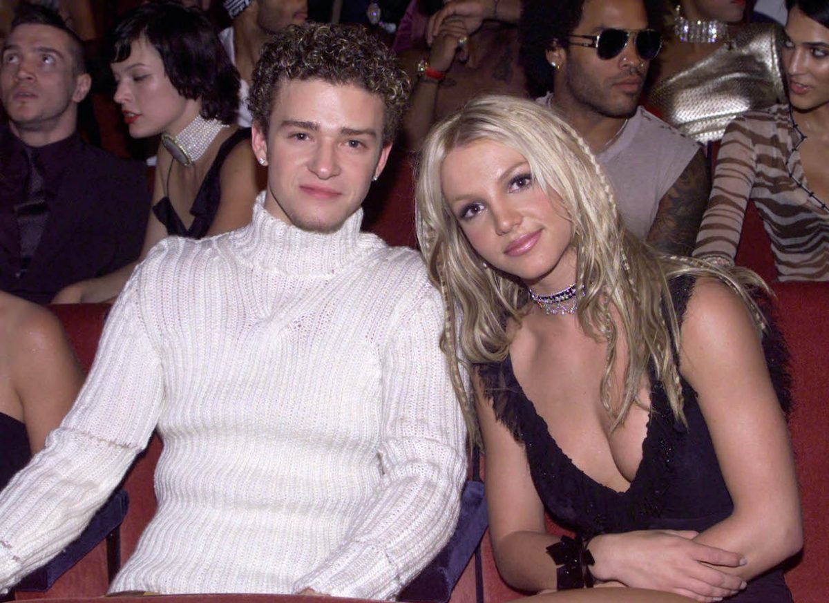 Justin Timberlake and Britney Spears at the 2000 MTV Music Video Awards