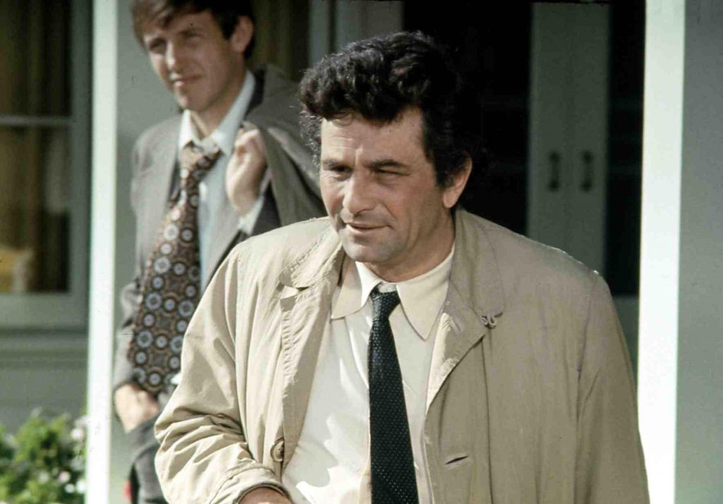 Columbo in front of a man