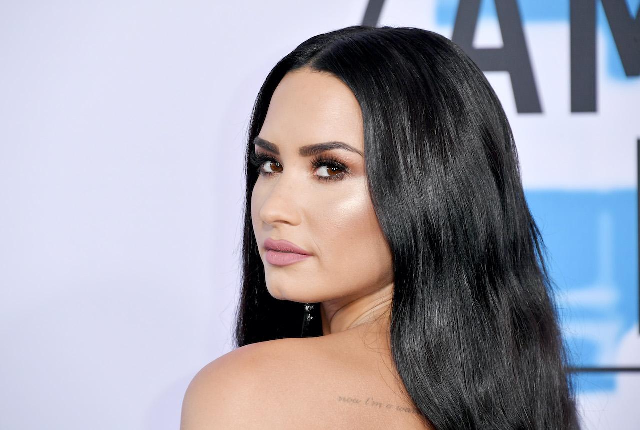 Demi Lovato attends the 2017 American Music Awards at Microsoft Theater