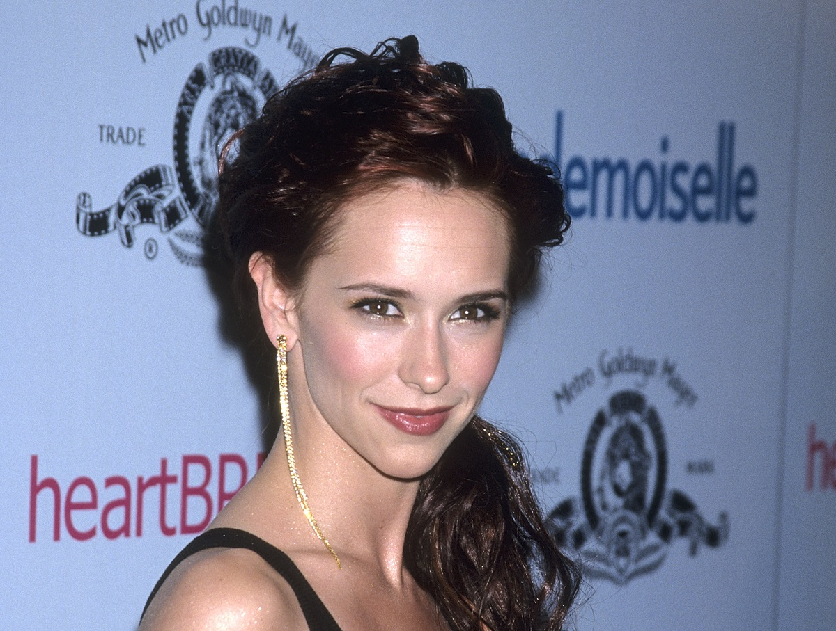 Jennifer Love Hewitt attends the 'Heartbreakers' Hollywood Premiere on March 19, 2001.