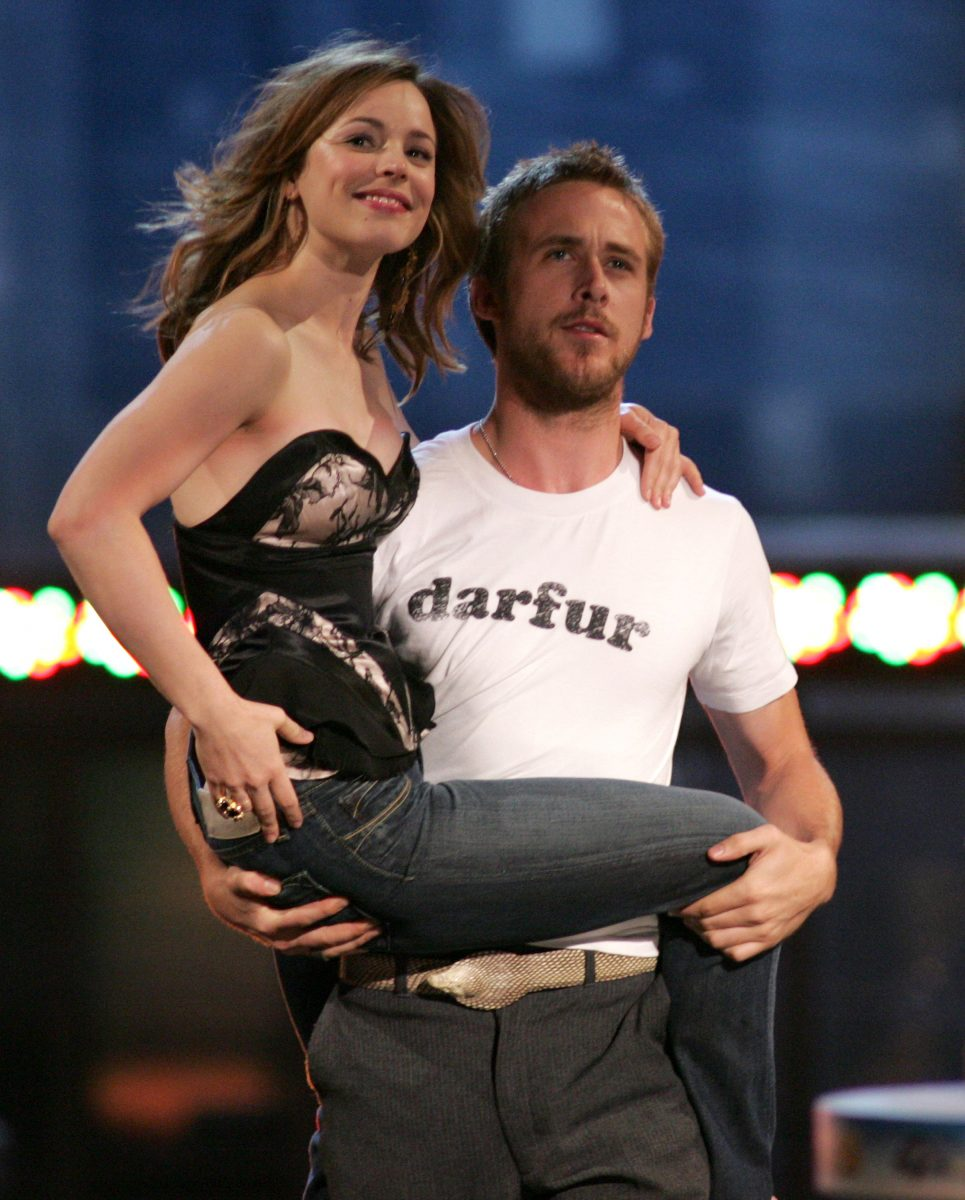 Rachel McAdams and Ryan Gosling, reprise their roles in 'The Notebook' for Best Kiss Award