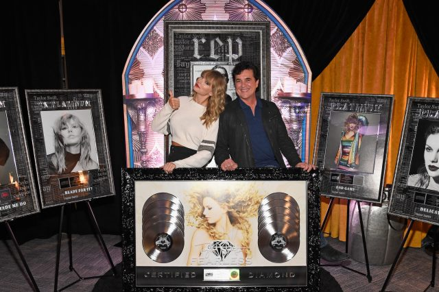 Taylor Swift Refused Scott Borchetta's Request for '1989': 'This Is How It's Going to Be'