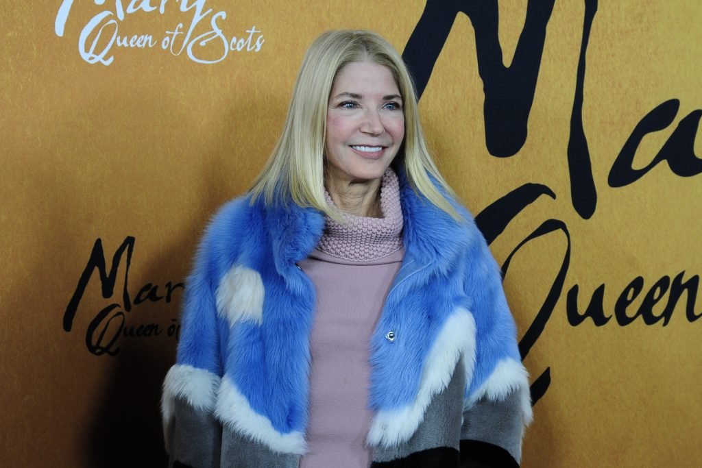 """Candace Bushnell smiles for the cameras at the premire of """"Focus Features Hosts The New York Premiere Of Mary Queen Of Scots"""""""