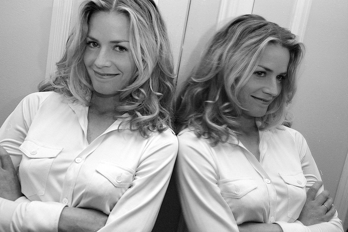 Elisabeth Shue (and her mirror image) in her hotel room