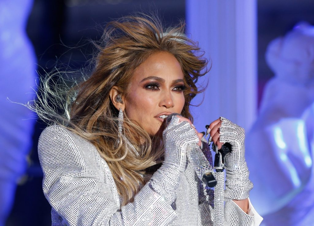 Jennifer Lopez | Gary Hershorn/Getty Images