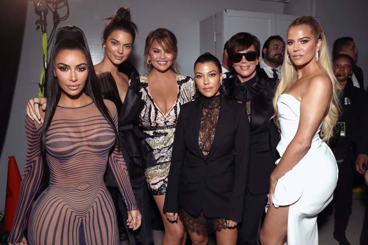 Kim Kardashian, Kendall Jenner, Chrissy Teigen, Kourtney Kardashian, Kris Jenner, and Khloe Kardashian backstage during the 2018 E! People's Choice Awards