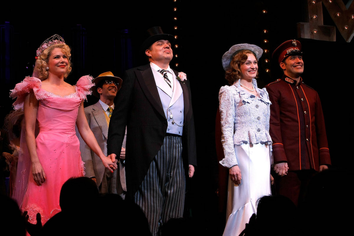 Lauren Graham, Oliver Platt, Kate Jennings Grant, and Craig Bierko take a bow during the opening night curtain call of 'Guys and Dolls'