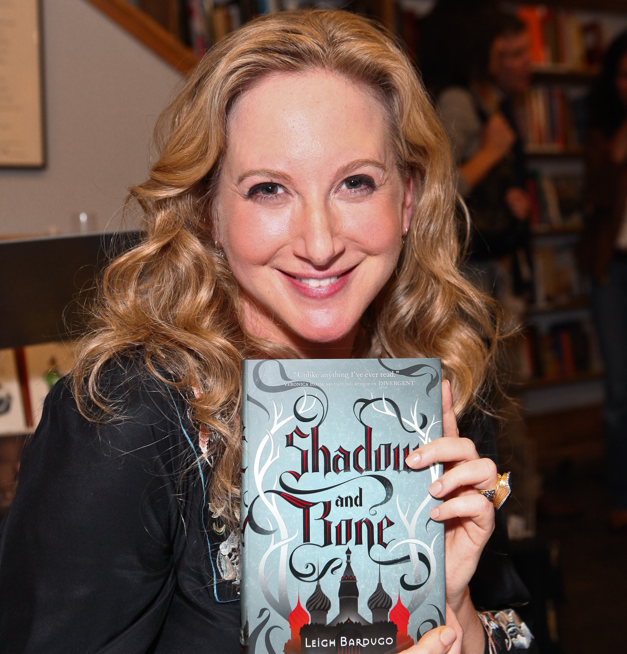 Author Leigh Bardugo signs copies of her debut novel 'Shadow And Bone'