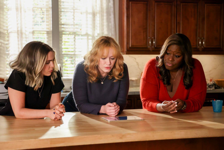 Mae Whitman as Annie Marks, Christina Hendricks as Beth Boland, Retta as Ruby Hill in 'Good Girls'