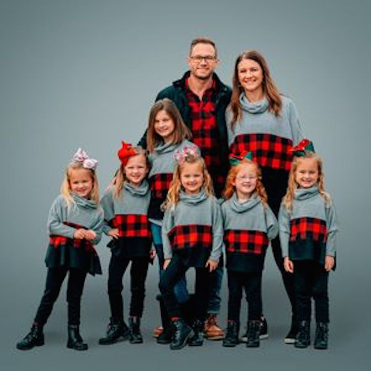Adam and Danielle Busby with their seven children from TLC's 'OutDaughtered'