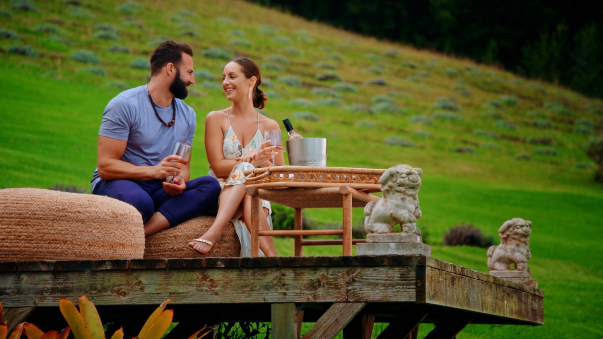 'Temptation Island' -- Episode 306 -- Pictured in this screengrab: (l-r) Dr. Blake Eyres, Chelsea Orcutt