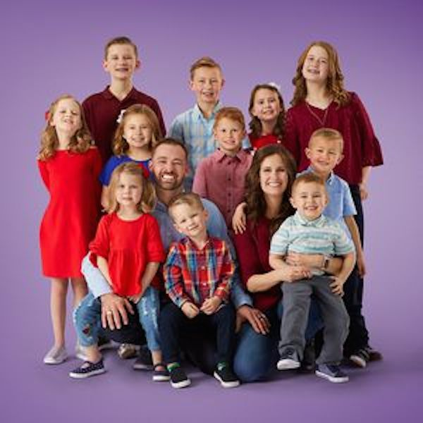 A family photo of the Shemwell family from TLC's 'The Blended Bunch'