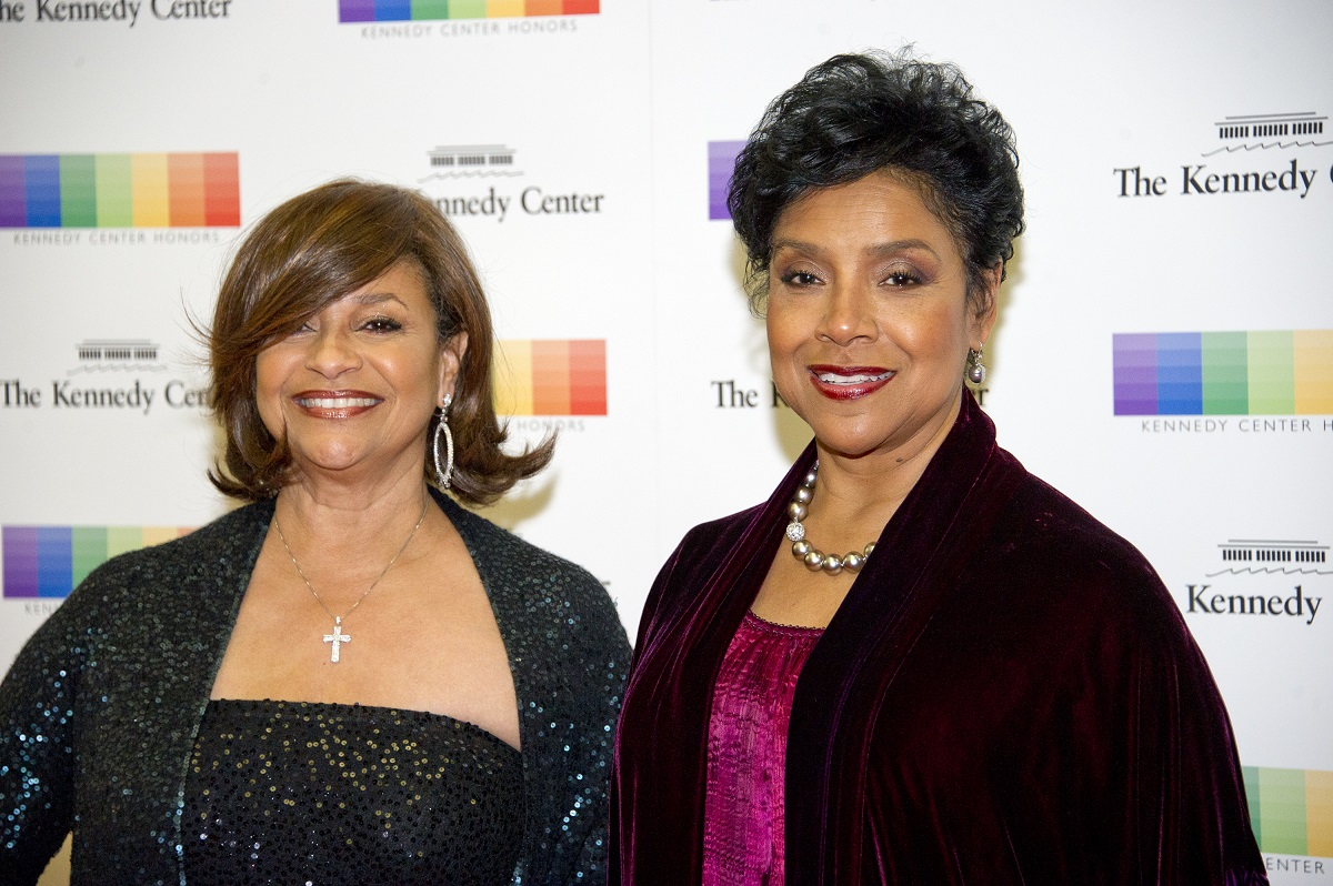 Debbie Allen and her sister, Phylicia Rashad on December 3, 2016, in Washington, D.C.