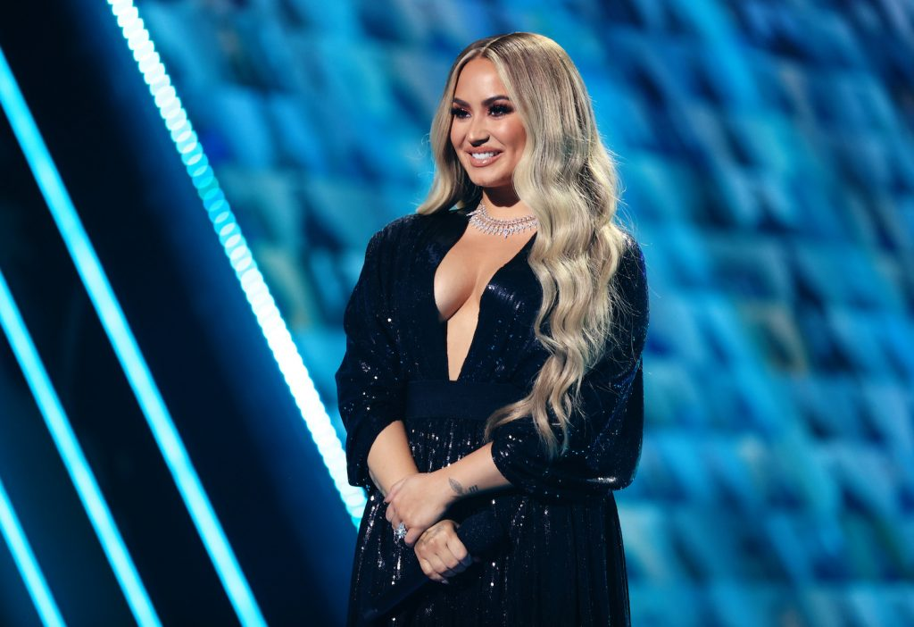 Demi Lovato at the People's Choice Awards 2020