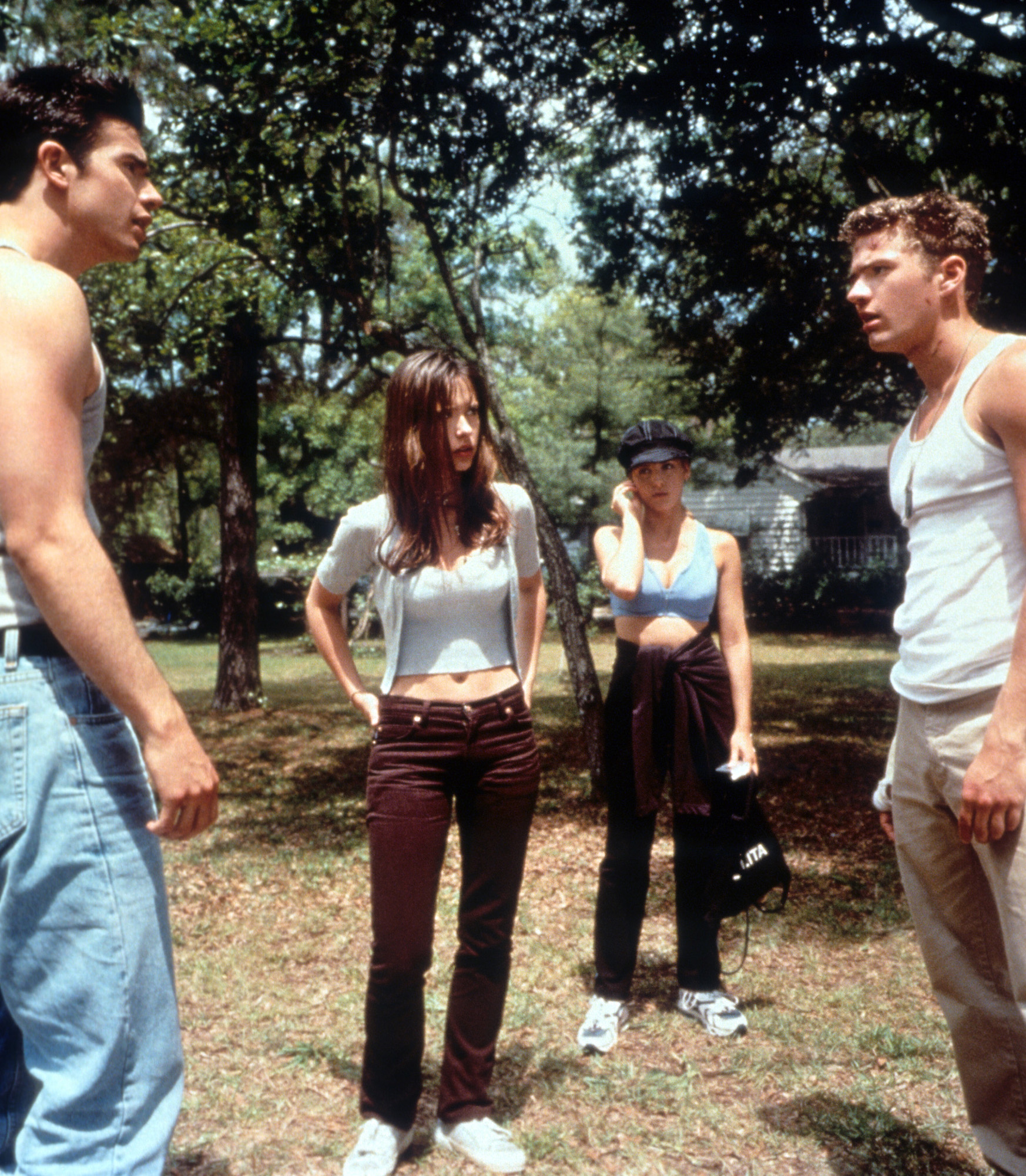 Freddie Prinze Jr having a confrontation Ryan Phillippe's character as Jennifer Love Hewitt and Sarah Michelle Gellar watches on in 'I Know What You Did Last Summer', 1997