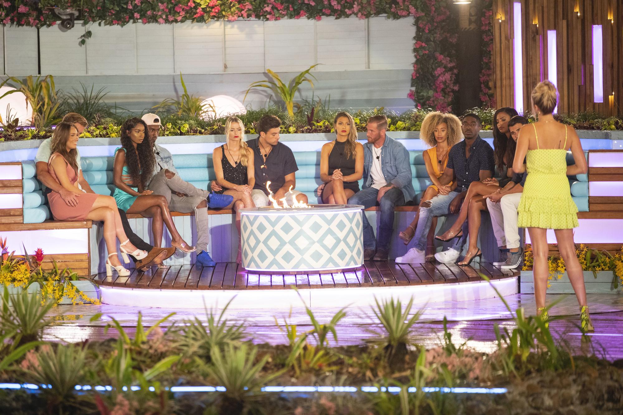 Cast of the USA version of 'Love Island' Season 1 on CBS