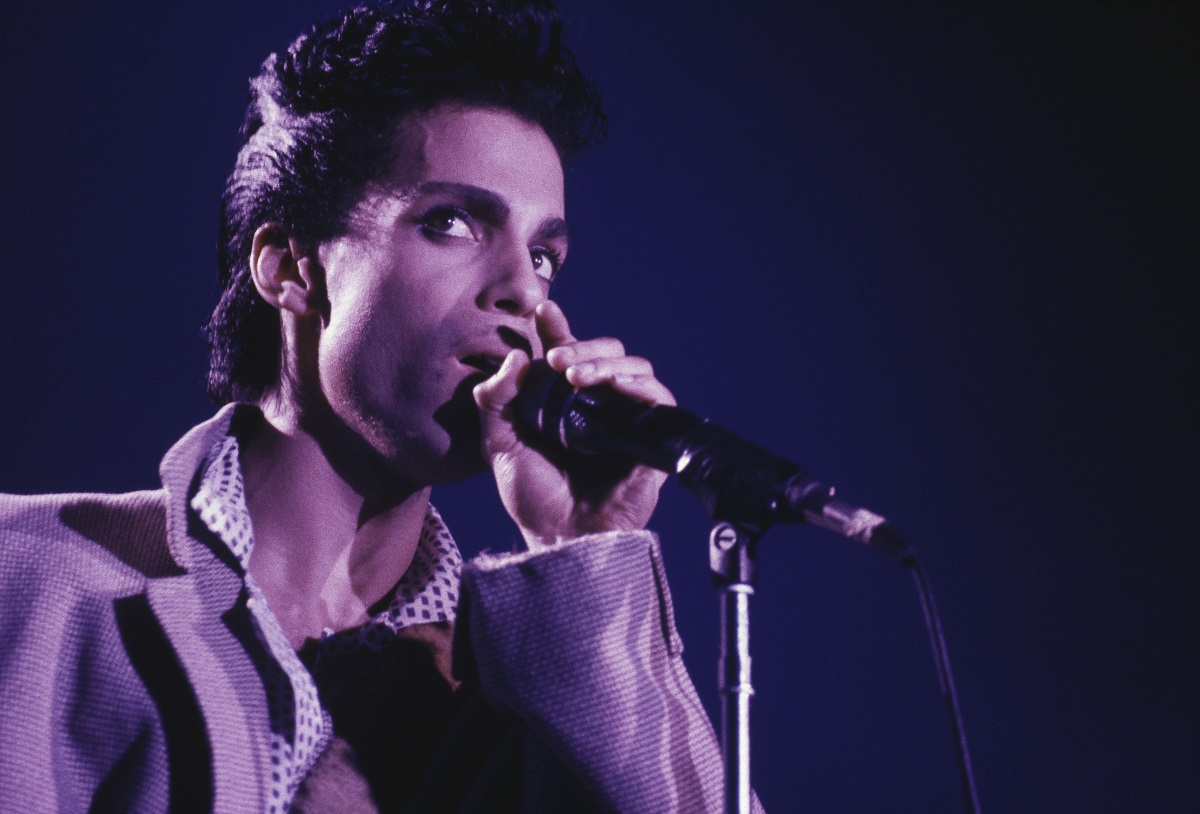 Prince (1958-2016) performs on stage in August 1986.