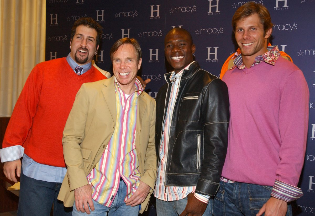 """Joey Fatone, Tommy Hilfiger, Alton Williams and Ian McKee wearing """"H"""" Hilfiger Spring 2004"""
