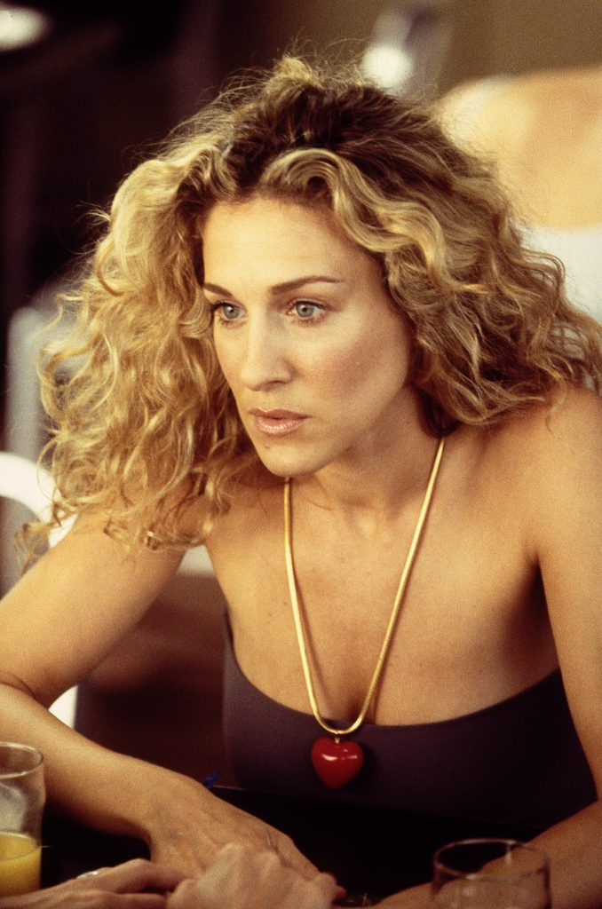 Sarah Jessica Parker, as Carrie Bradshaw, looks pensive in 'Sex and the City' season 3