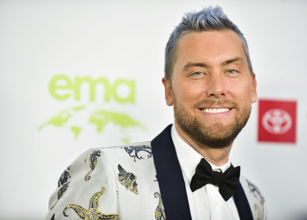 Lance Bass smiling on the red carpet
