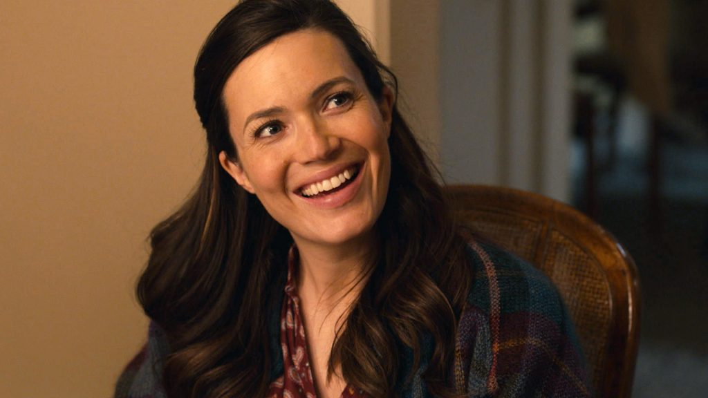 Mandy Moore as Rebecca Pearson smiling in 'This Is Us' Season 5 Episode 10, 'I've Got This'