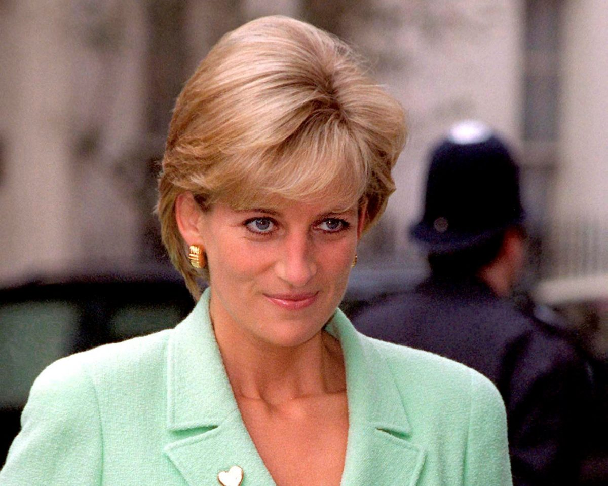 Princess Diana in pale green suit at the Great Ormond Street Hospital in London