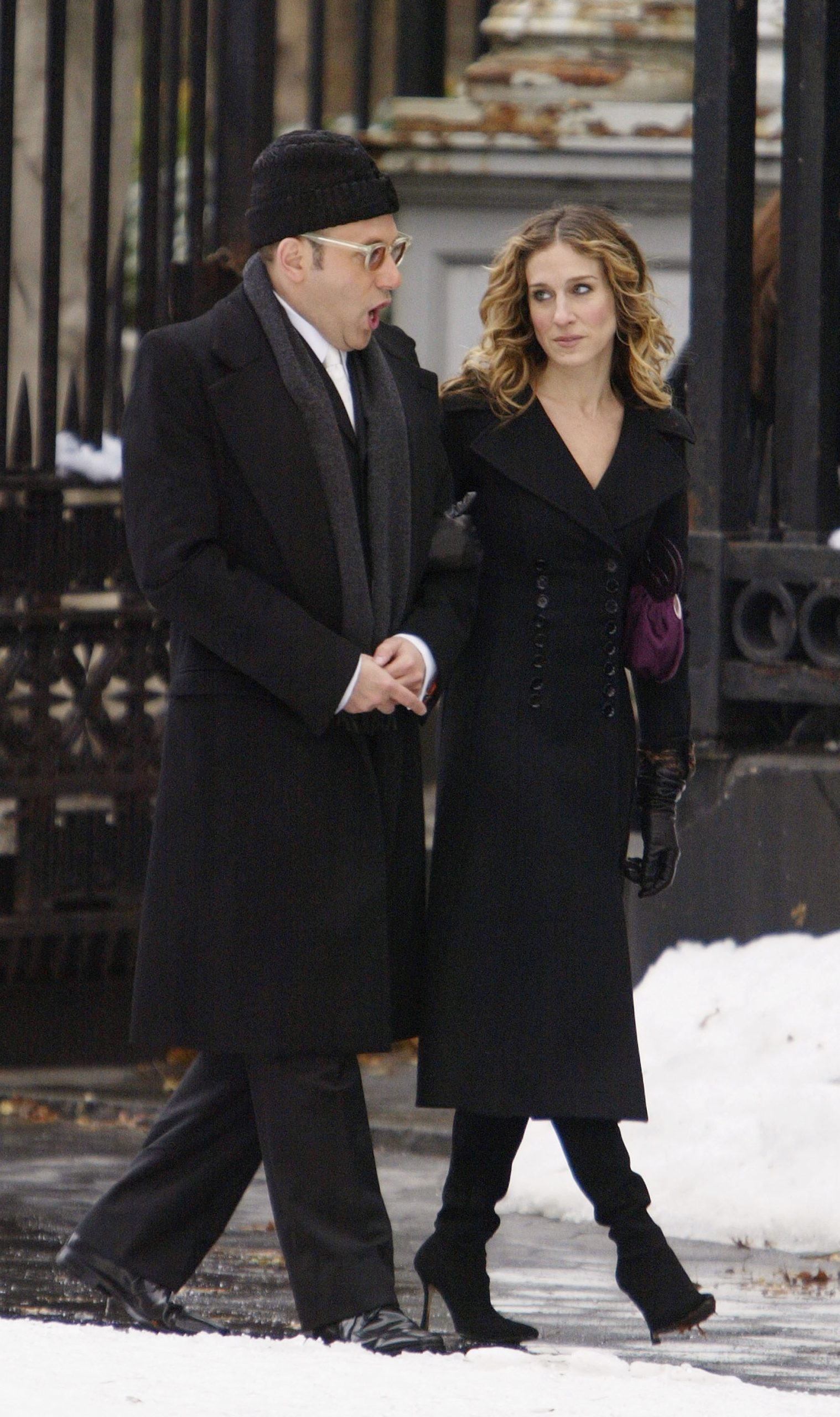 Willie Garson as Stanford Blatch and Sarah Jessica Parker as Carrie Bradshaw walk down a Manhattan street during the filming of season 6 of 'Sex and the City' in 2004