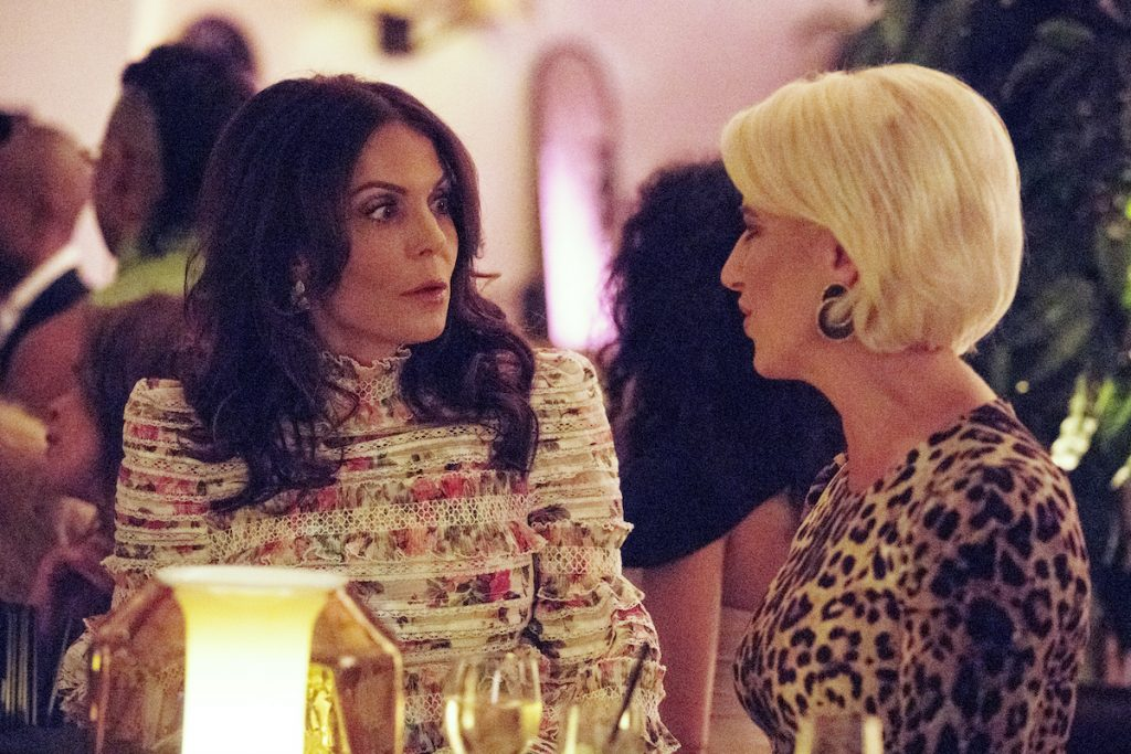 Bethenny Frankel and Dorinda Medley talk at a party in 'Real Housewives of New York City'