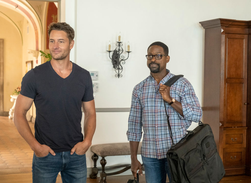 Justin Hartley as Kevin stands next to Sterling K. Brown as Randall on 'This Is Us'.