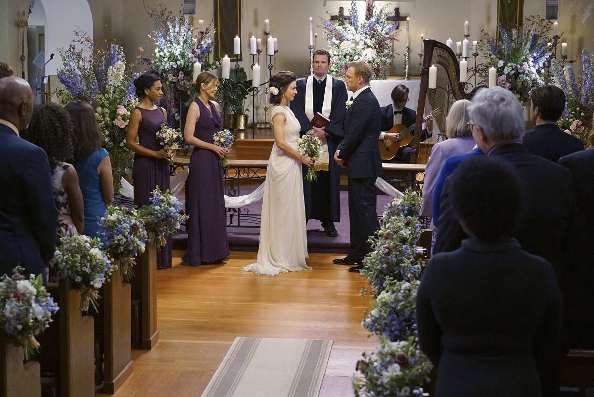 "(L-R) Kelly McCreary as Maggie Pierce, Ellen Pompeo as Meredith Grey, Caterina Scorsone as Amelia Shepherd,and Kevin McKidd as Owen Hunt in ""Grey's Anatomy' Season 12"