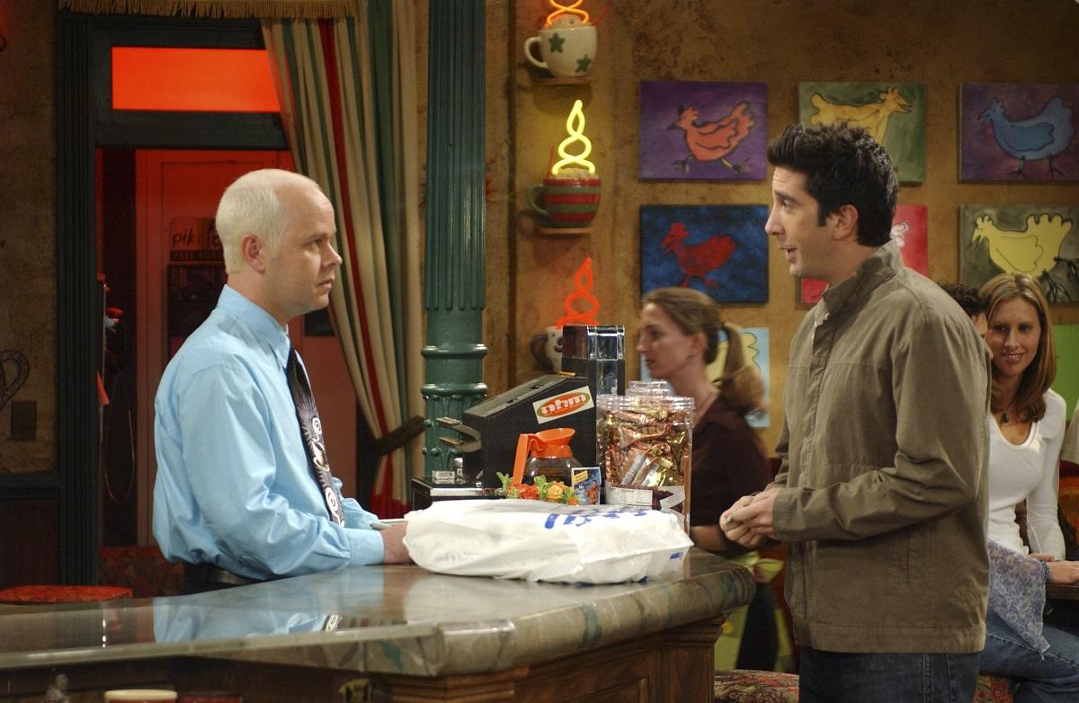 (L-R) James Michael Tyler as Gunther and David Schwimmer as Ross Geller in 'Friends'