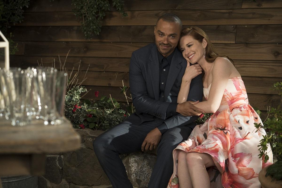 Jesse Williams (L) and Sarah Drew in 'Grey's Anatomy'