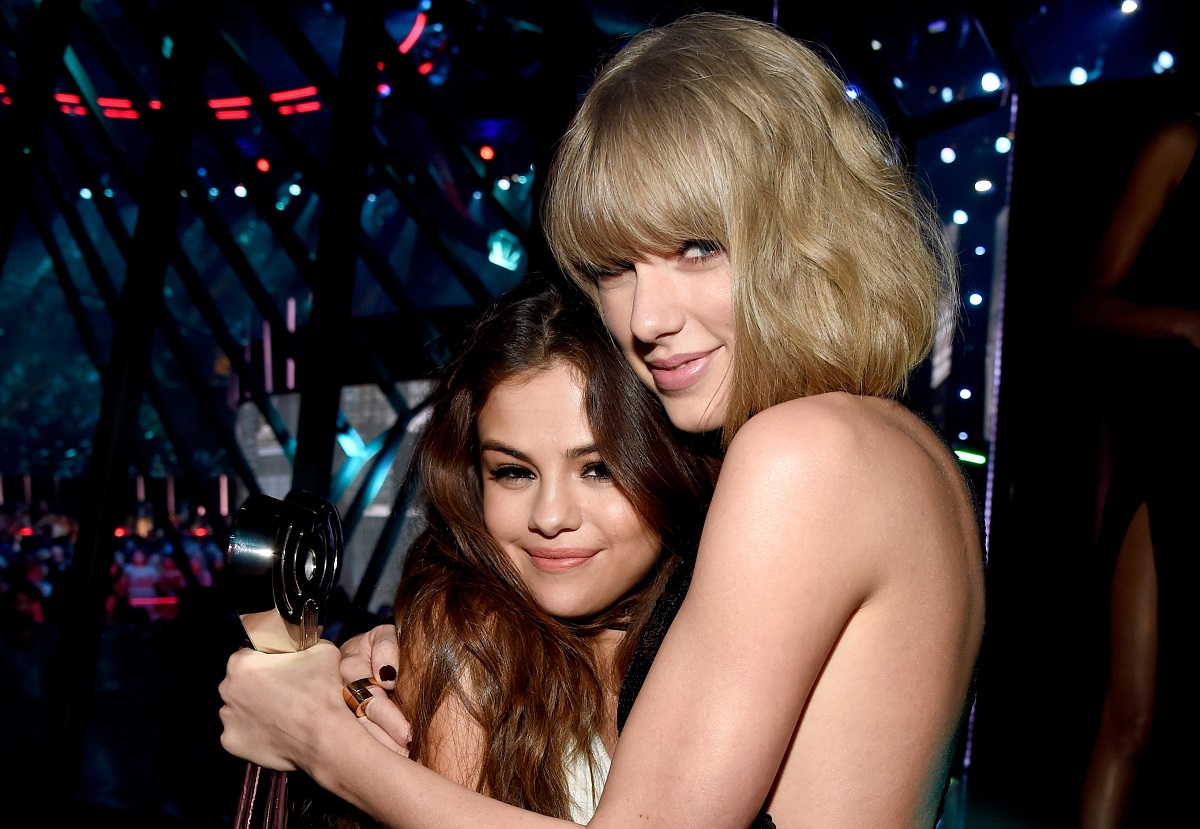 Selena Gomez (L) and Taylor Swift backstage at the iHeartRadio Music Awards on April 3, 2016, in Inglewood, California.