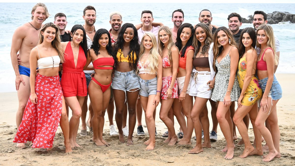 Group photo of the 'Bachelor in Paradise' Season 6 cast in 2019 on a beach