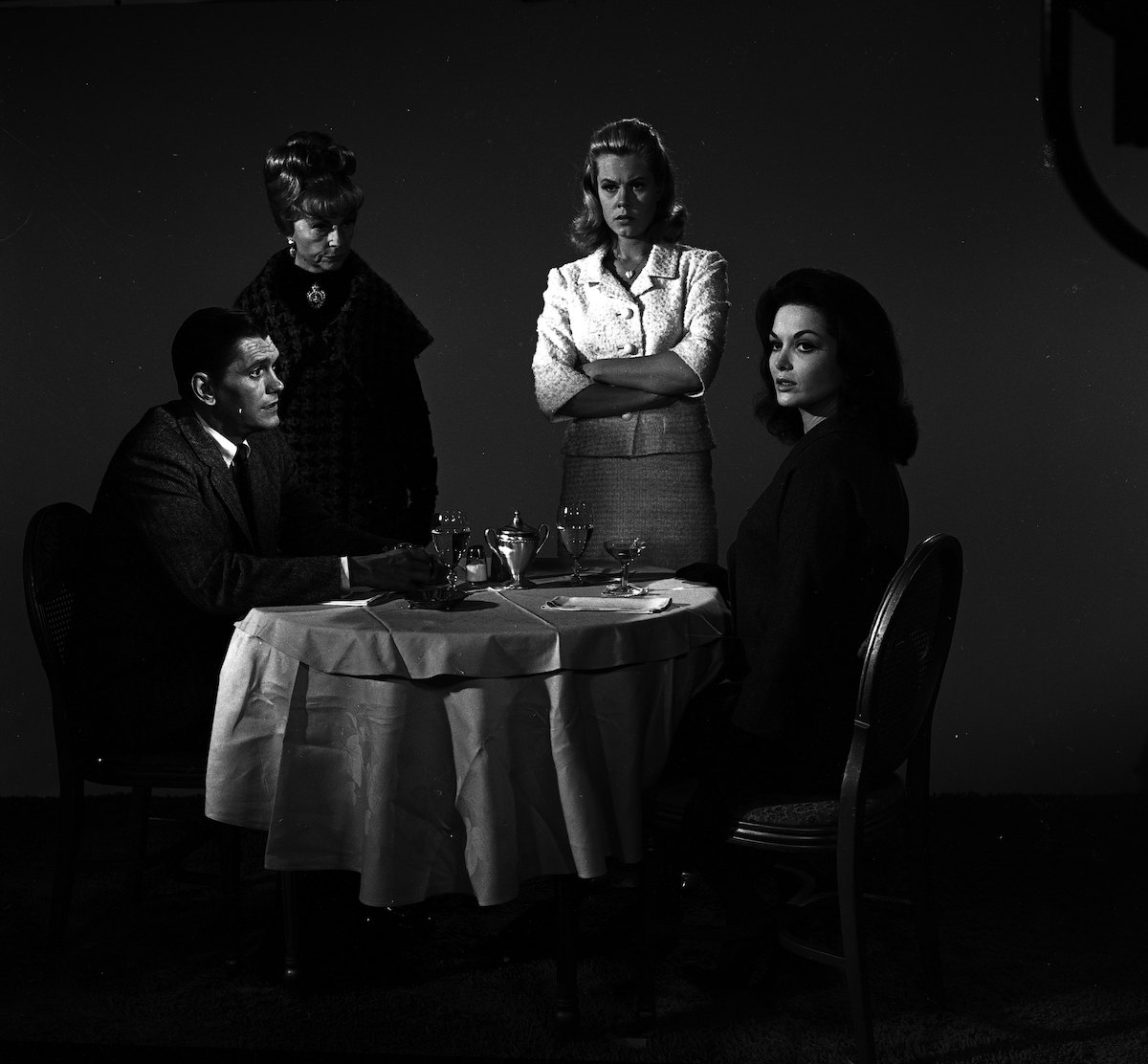 Early Bewitched episode starring Dick York, Agnes Moorehead, and Elizabeth Montgomery as 'Darrin' meet with another woman