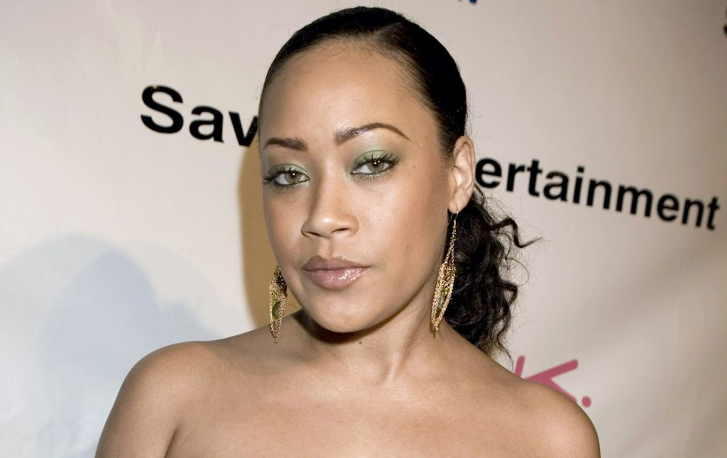 Farrah Franklin poses for a party for Reggie Bush in 2007