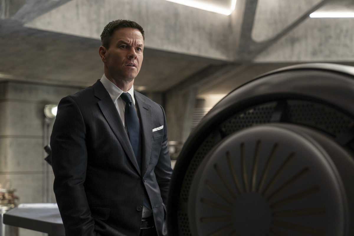 Infinite: Mark Wahlberg meets the infinites in The Hub