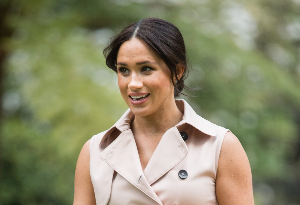 Meghan Markle's race gets a lot of attention, but she keeps on smiling like this toward the critics.