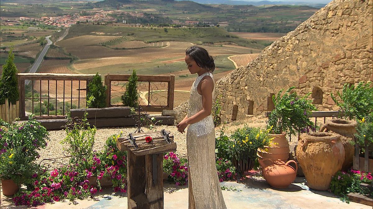 Rachel Lindsay stands in front of her final rose while filming 'The Bachelorette'