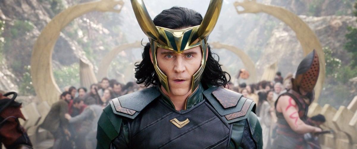 Tom Hiddleston stands ready for battle in full armor as Loki in 'Thor: Ragnarok' | Marvel Studios